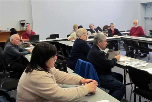 CURC members and representatives from Local 1005 USWA (locked out) attended the Hamilton, Oakville and Burlington Area Council's meeting to hear guest Speaker Deirdre Pike from the Hamilton Social Planning and Research Council.