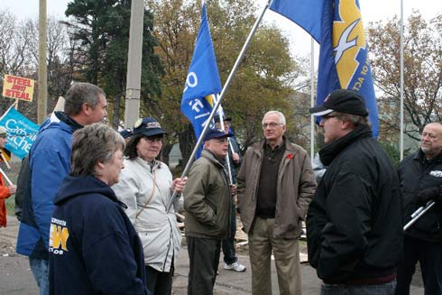 Bob Bratina, Hamilton's mayor-elect (With poppy, facing camera) joined trade union members on a solidarity picket for locked-out workers at US Steel in Hamilton in November, 2010.