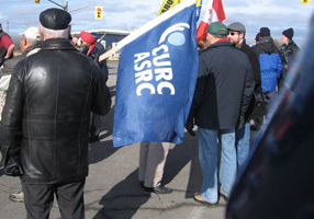 CURC members were among the 15,000 who supported workers on the Caterpillar line at a rally in January.